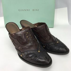 Gianni Bini Frontier Mules Size 8